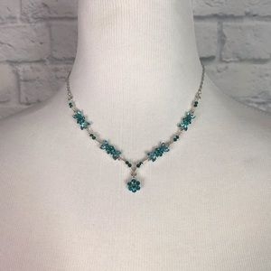 Jewelry - Jeweled Floral Sweetheart Necklace Blue Green